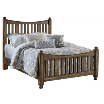 Artisan & Post Maple Road Queen Slat Poster Bed with slat poster Footboard in Maple Syrup
