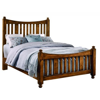 Artisan & Post Maple Road Queen Slat Poster Bed with slat poster Footboard in Antique Amish