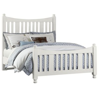 Artisan & Post Maple Road Queen Slat Poster Bed with slat poster Footboard in White