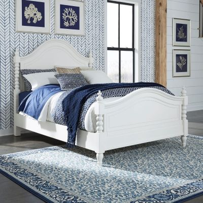 Liberty Furniture Harbor View Queen Posted Bed