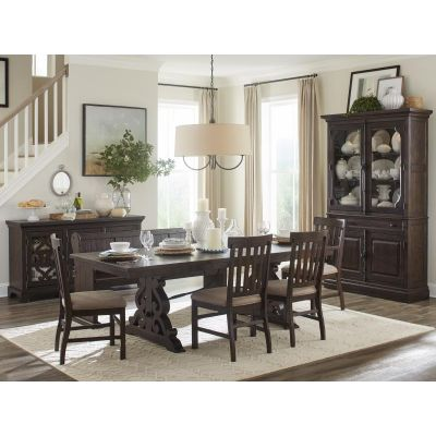 St.Claire Rustic Pine Extendable Dining Room Set